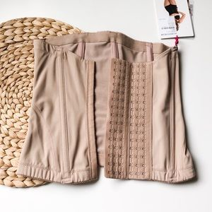 BELLY BANDIT Nude Mother Tucker Corset Small NWT